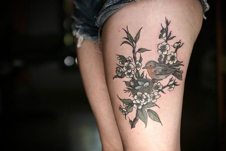 Модные татуировки для девушек на ноге (фото) 60