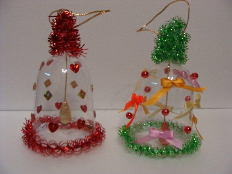 называют новогодние поделки из пластиковых бутвлок сом последнее время
