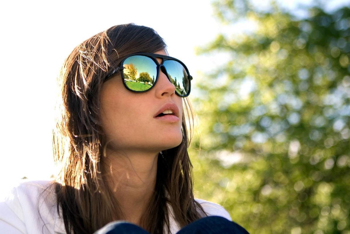 Картинки девушек в очках от солнца, картинки