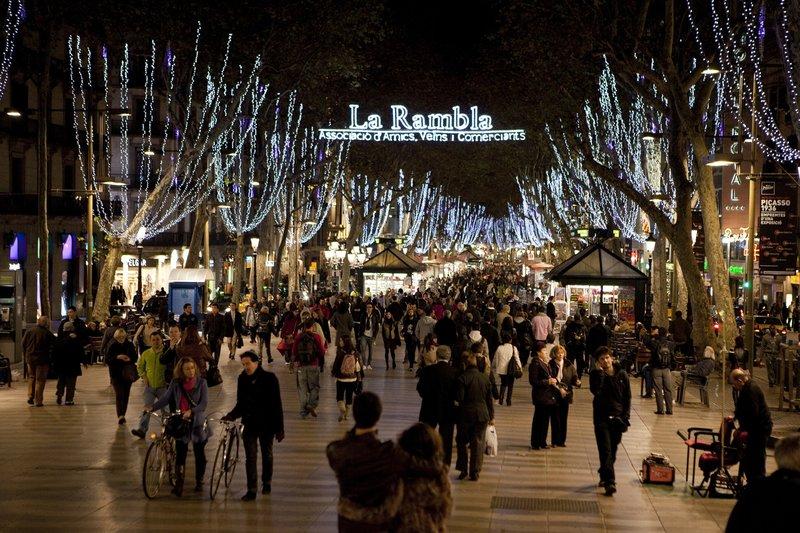 Рождественские огни в Барселоне