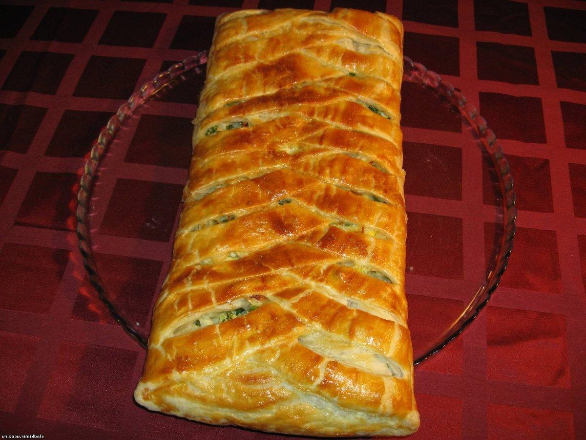 пирог с капустой и яйцом из слоеного теста бездрожжевого