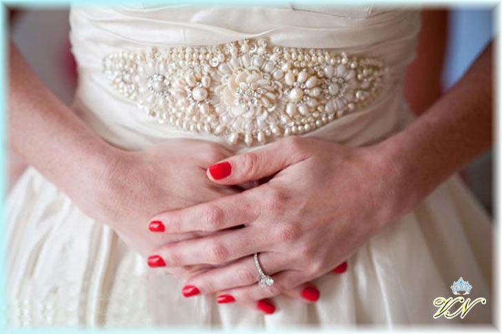 красный свадебный маникюр фото