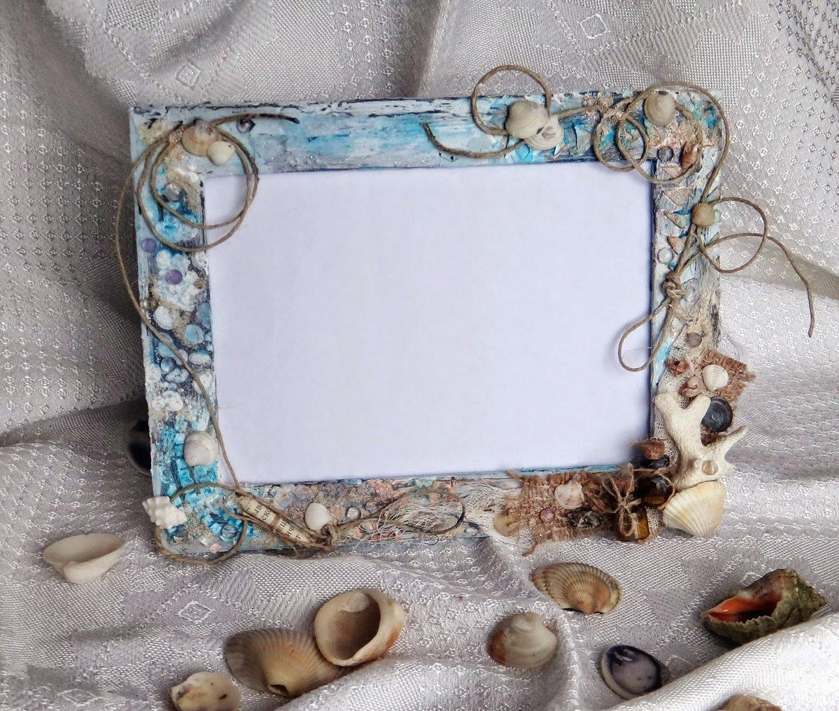 фото в рамку для декора брюнетка длинными