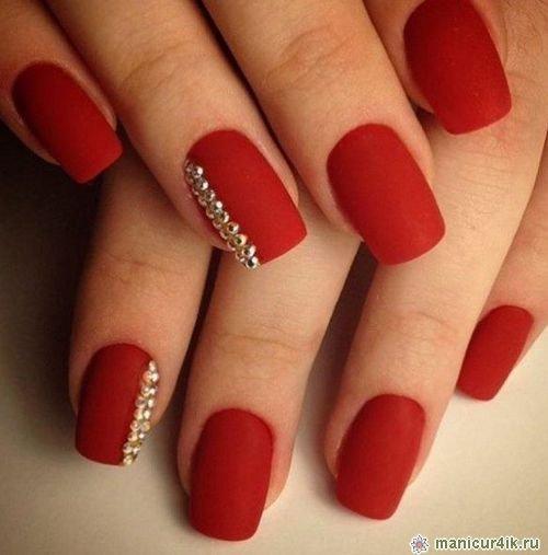 Дизайн ногтей красный матовый