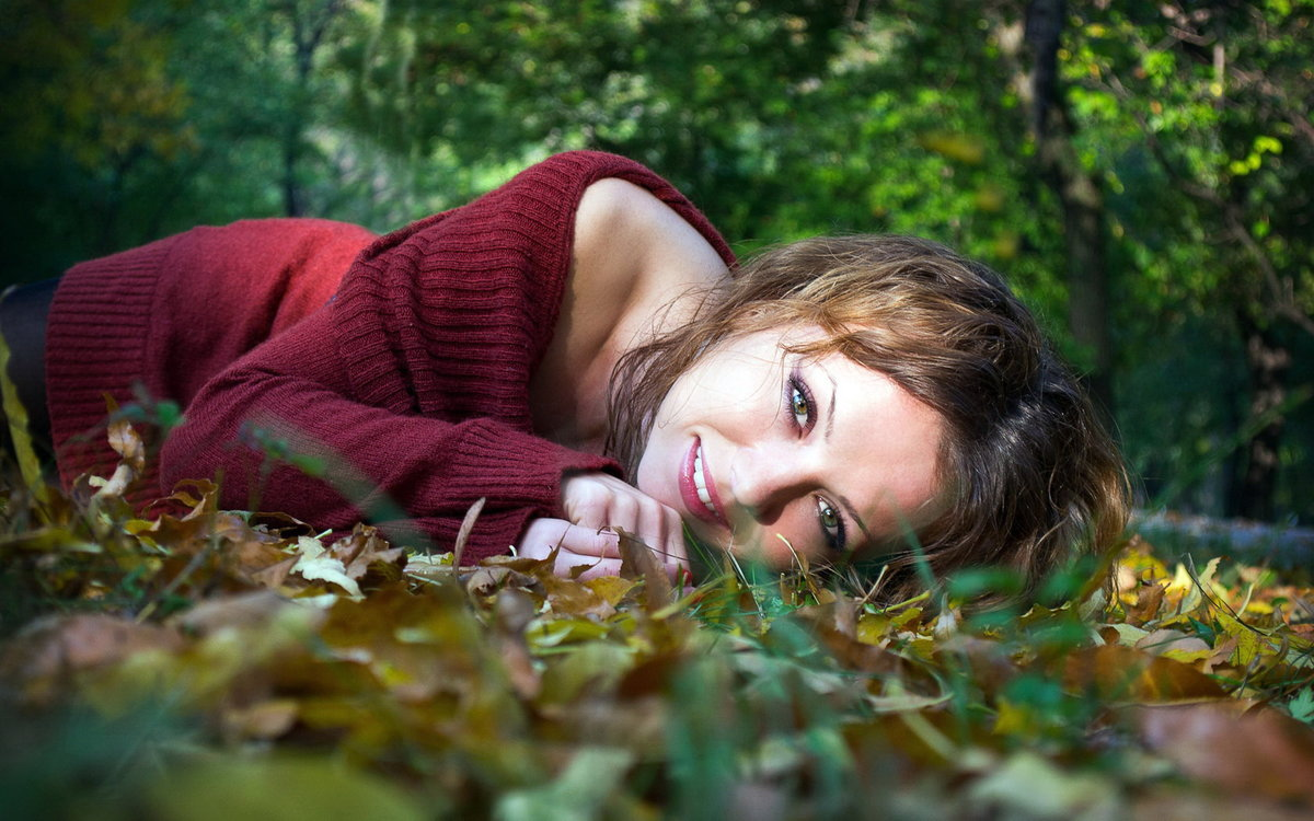 женские позы для фотосессии в лесу летом жена известного