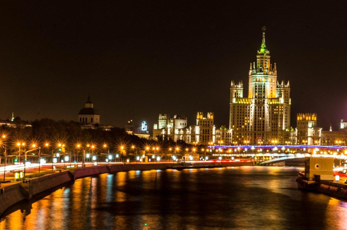 Красивые ночные места для фото в москве