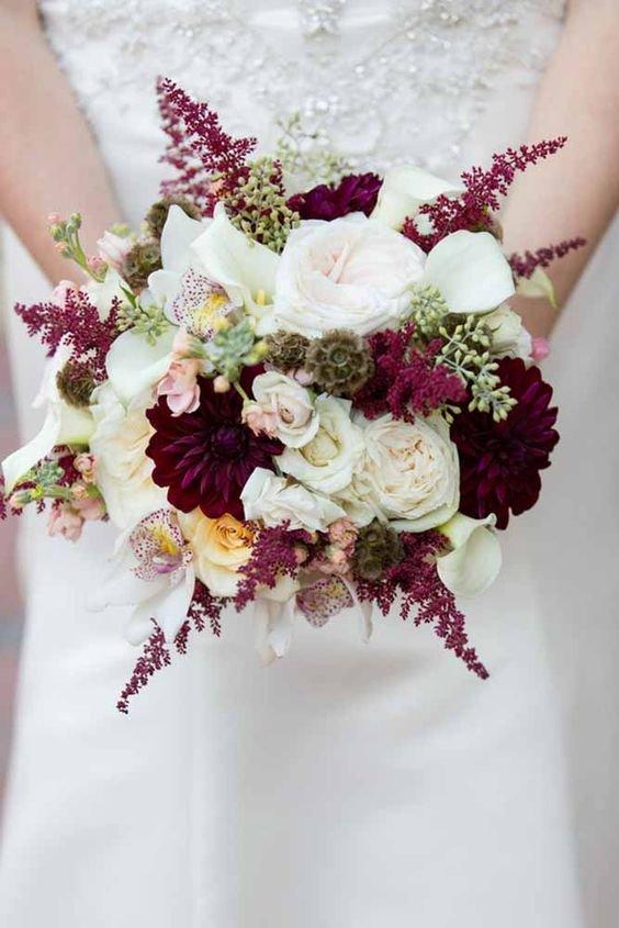 Букет невесты цвета марсала