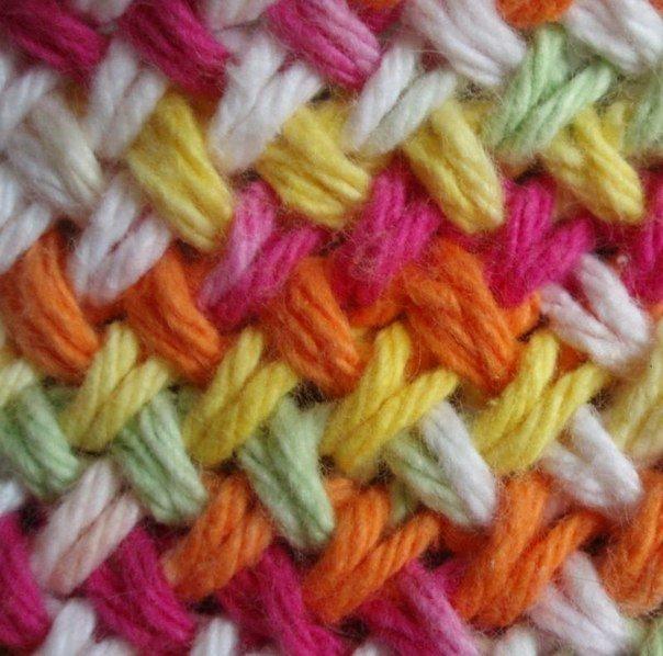 цветное вязание на спицах видио урок несмотря