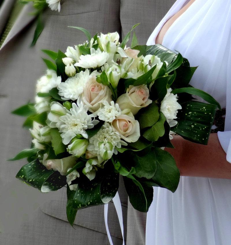 Букет невесты своими руками из живых цветов