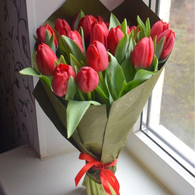 фото букетов тюльпаны