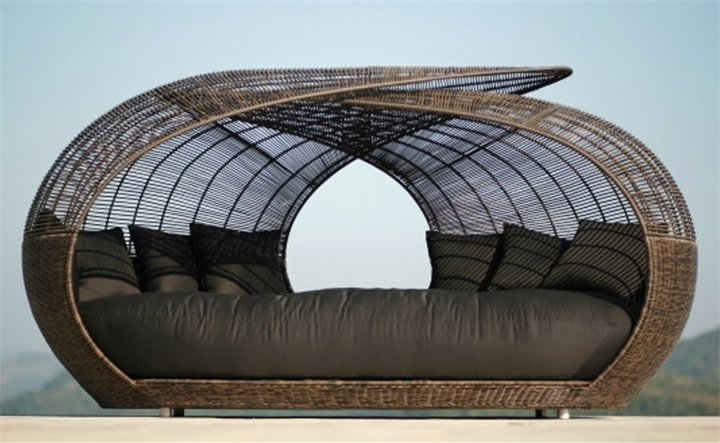 Садовая дизайнерская плетеная мебель