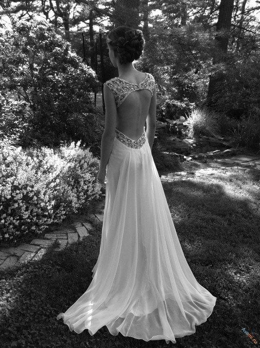 Картинки на аву со спины в платье