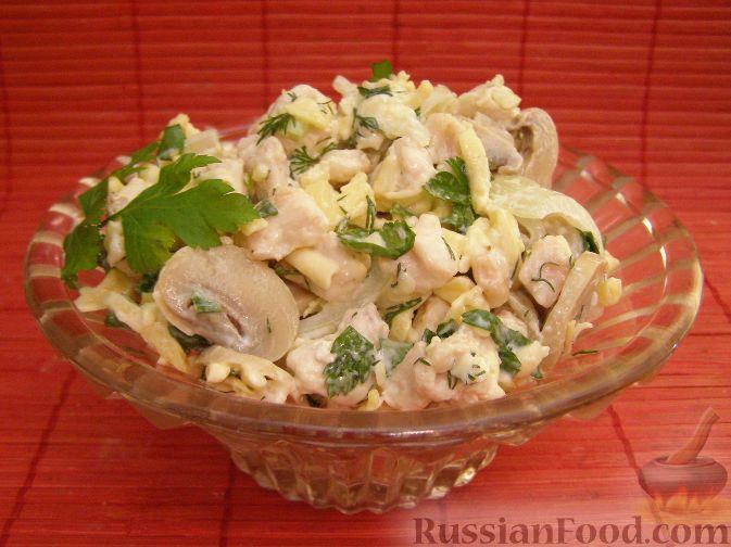 салат с курицей и грибами с сыром рецепт с фото
