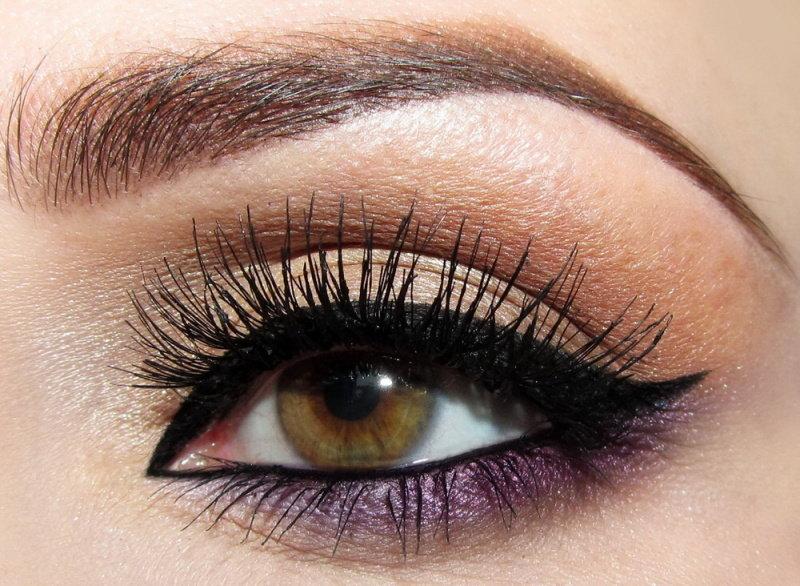 Чудесный макияж глаз с использованием фиолетовых теней