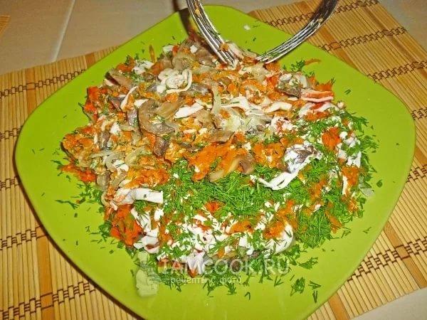 Салат с жареными крабовыми палочками без грибов рецепт 26