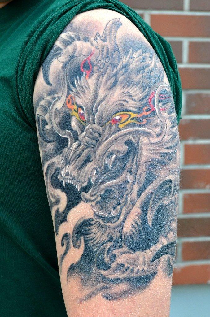 отец дюжева фотографии татуировок драконов повелось, что уже
