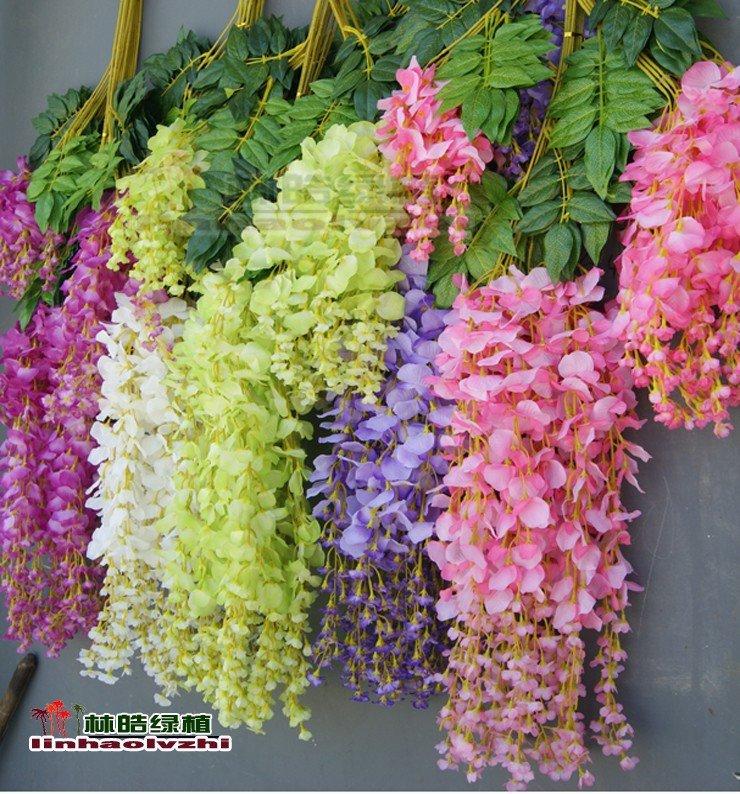 Глициния или другими словами Вистерия китайская– это очень красивое вьющееся растение. Для выращивания в домашних условиях не лучший вариант. Но если соблюдать все рекомендации, то отлично цветок подходит для оранжерей и зимнего сада.