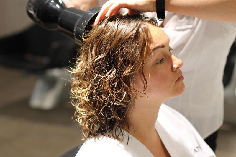 Картинки по запросу влажные волосы