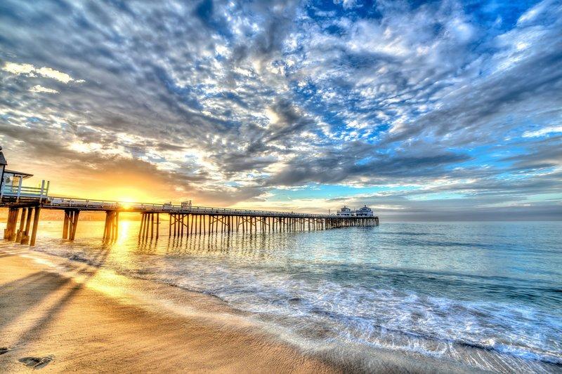 Скачать бесплатно фото обои на тему Небо Причалы Рассветы и закаты Море Облака Пляж HDR Природа на ваш рабочий стол Картинка #428220 для рабочего стола