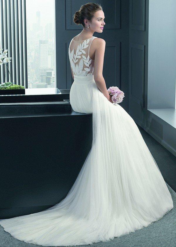 Свадебные платья с расшивкой