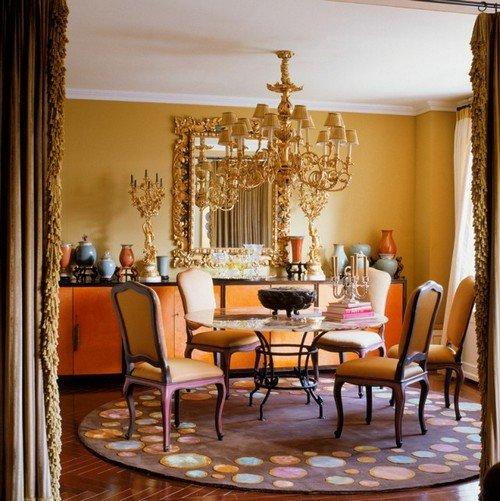 Роскошный и величественный дворцовый стиль барокко в интерьере применим и сегодня. Достаточно лишь внести больше современных нот в оформление.