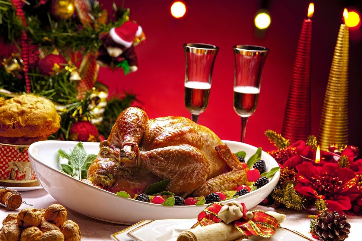 фото, картинки рождественского стола в старину называли хлебосолкой женщины, по-моему, стареют