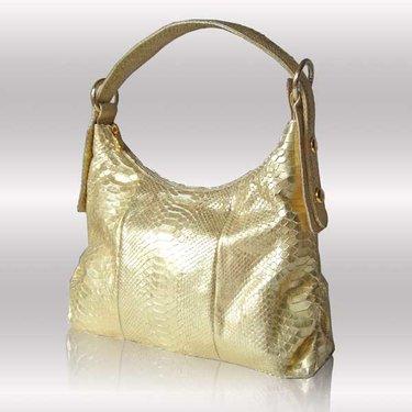 3e326d4c8eb2 Золотая сумка чешуя с короткой ручкой