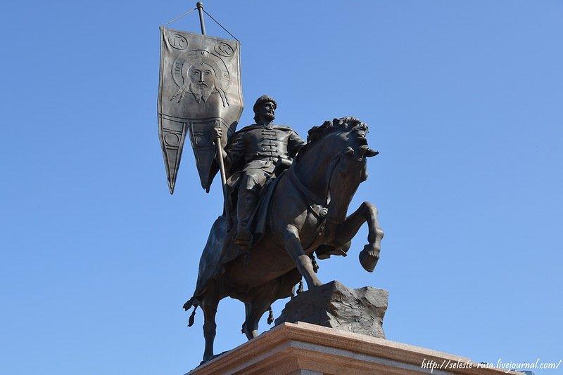 Памятник князю засекину самара памятники из гранита в екатеринбурге молодечно