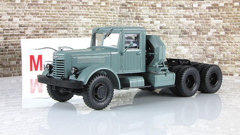 1:43 ЯАЗ-210Д, седельный тягач, серый (Автоистория (АИСТ))  Масштабная коллекционная модель