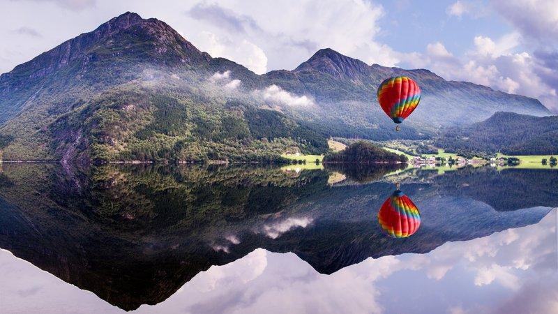1920x1080 Обои воздушный шар, горы, озеро, отражение