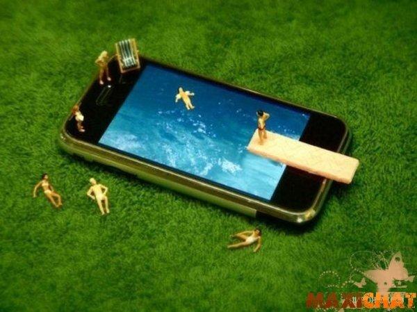 Бассейн из iPhone