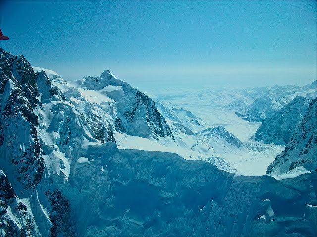 """Блог """"Дневник христианина"""": Горные снежные вершины горы - величие Бога на фото и в стихах."""