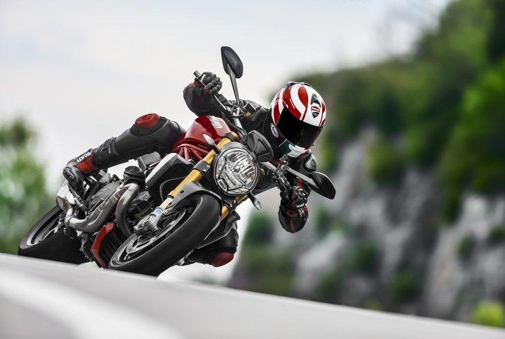 Ducati Monster 1200: самый крупный в семейке
