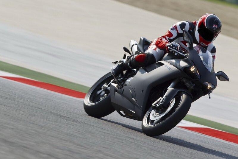 Ducati Superbike 848 EVO   обзор спортбайка, фото и видео