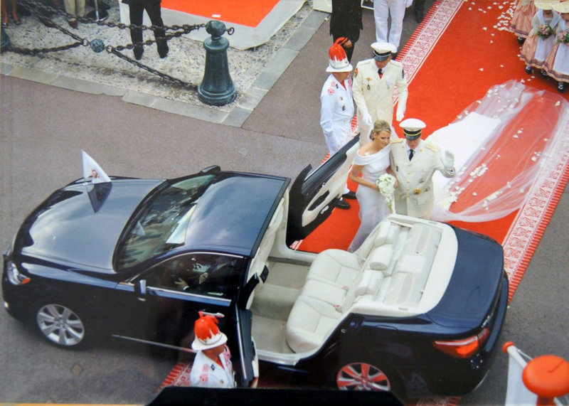 Эксклюзивный свадебный гибридный Lexus LS600h Landaulet 2011 княжеской четы Монако. | Портал автолюбителей Carakoom Ltd
