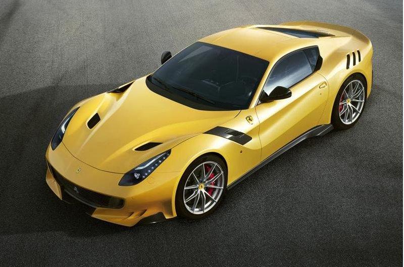 Ferrari F12 TDF - фото, характеристики | AutoBelyavcev.ru - авто обзоры и характеристики