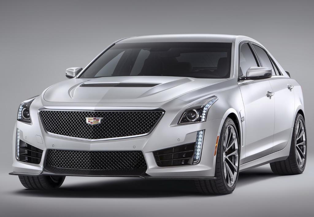 Фото нового Cadillac CTS-V 2016 модельного года