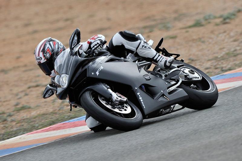 Фотографии лучших спортивных мотоциклов мира в нашей подборке
