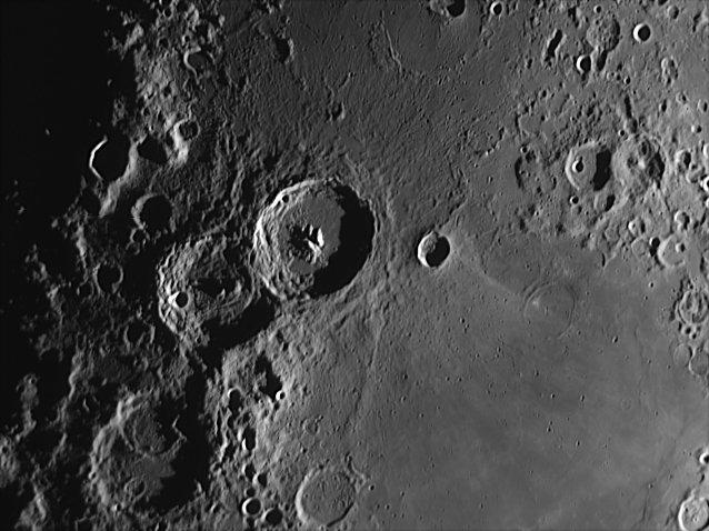 Фотографии Луны сделанные на разных телескопах. Карта Луны.