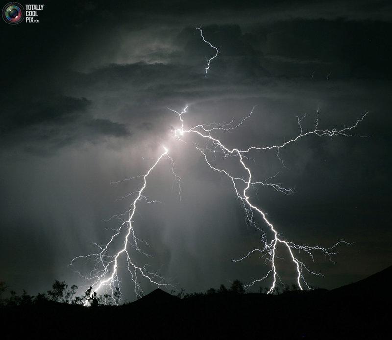 Фотографии молний со всего света