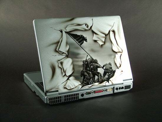 Моддинг ноутбуков (8 фото)