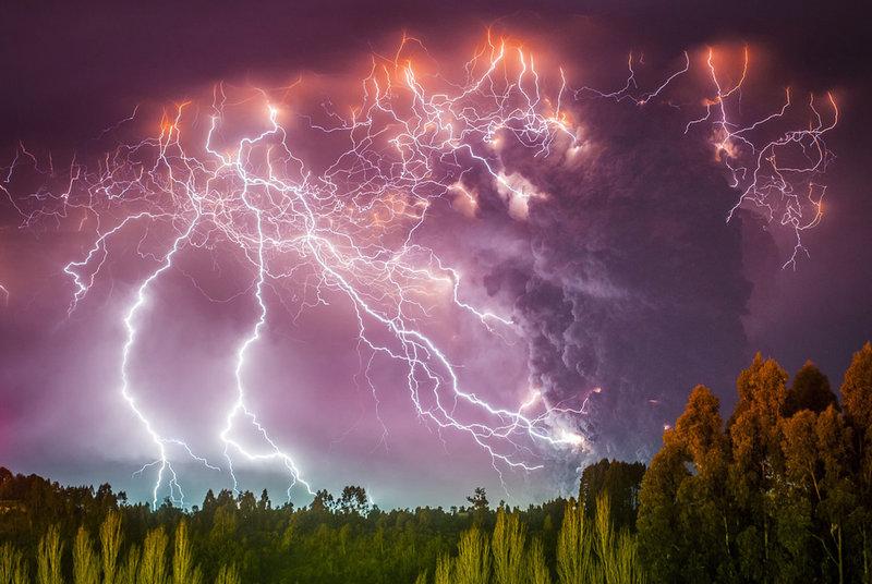 NewPix.ru - Потрясающие фотографии молний в извержениях вулкана