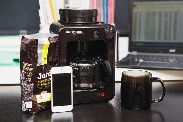 Обзор Redmond SkyCoffee M1505S: мечта фрилансера – умная кофеварка с управлением через Интернет