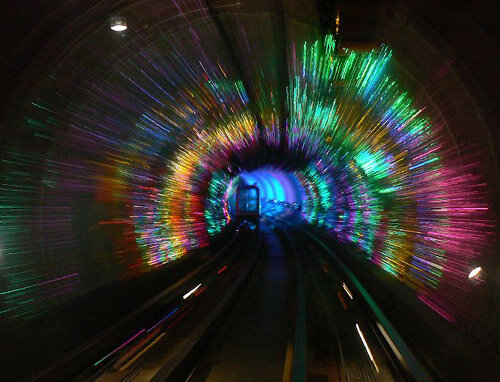 Подводный тоннель, соединяющий два берега Шанхая
