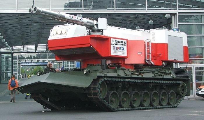 Пожарные машины на базе военной техники и танков (24 фото) » Just one MIN