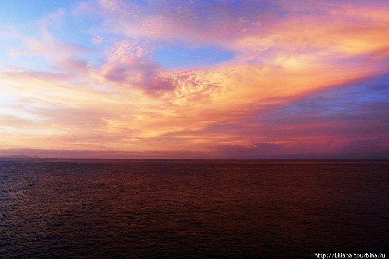 Рассвет над Атлантическим океаном Мадейра, Португалия