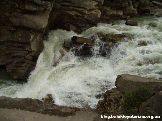 Самые красивые водопады Украины :  : Блог Туризма Балаклеи
