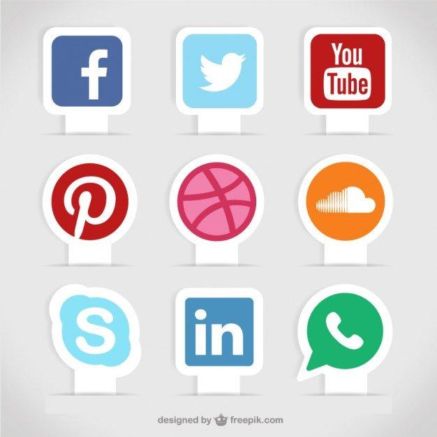 Социальные медиа этикетки Бесплатные векторы