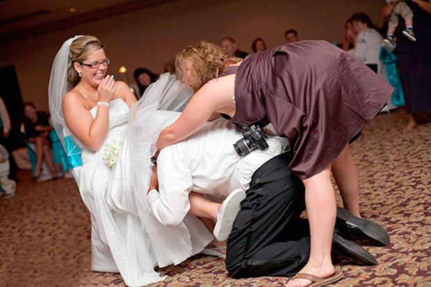 Видео невесты охотно дают