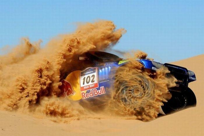 Удивительные фотографии с гонок (122 фото) » Триникси